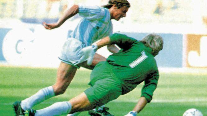 Caniggia: 'Messi puede igualar, pero no superar a Maradona'