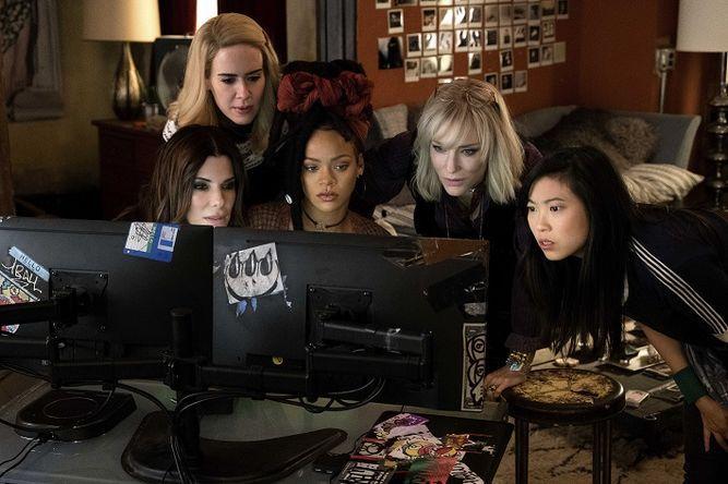 Las mujeres de 'Ocean's 8' se roban el show y la bolsa en su estreno