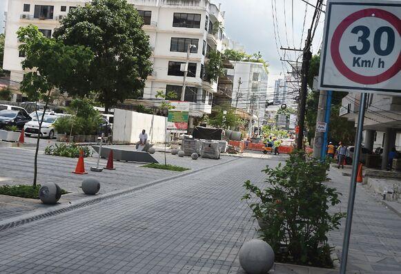 Nueva adenda a proyecto de mejoras en calle Uruguay