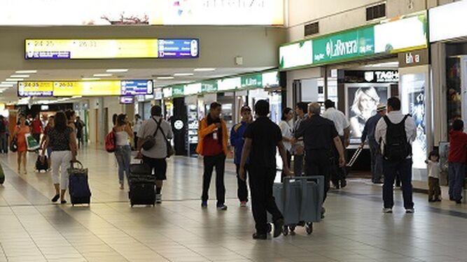 'Es funesto y destructivo', dice Apatel sobre el impuesto a los pasajeros que van por Tocumen