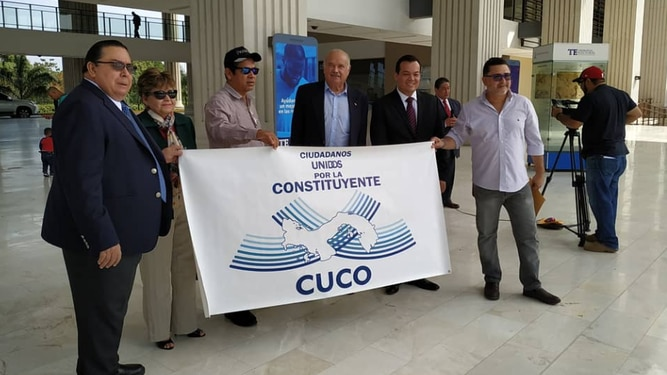 Cuco, la iniciativa para convocar una constituyente paralela, muere en su cuna