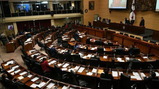 Gremios expresan preocupación por insultos contra periodistas en el pleno de la Asamblea
