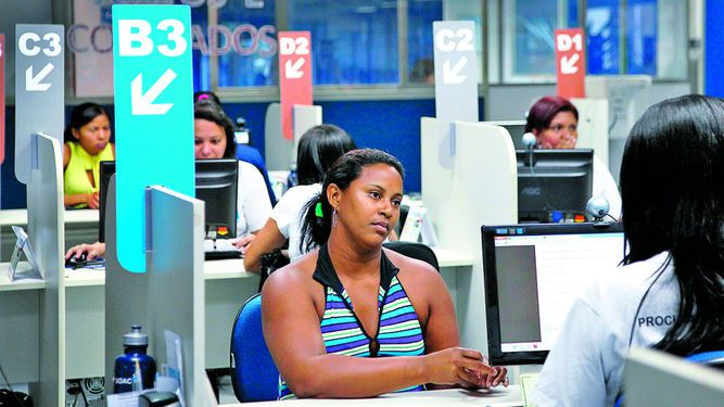 Desempleo sube a 8.4%