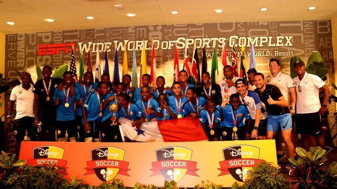 Altos de los Lagos y San Miguelito, campeones de la Copa Disney
