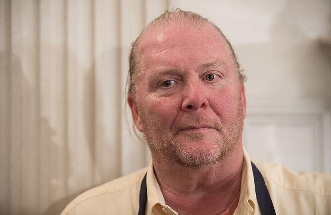 El chef Mario Batali es inculpado por agresión sexual