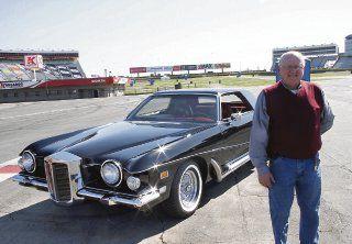 Restauran último automóvil conducido por Elvis Presley