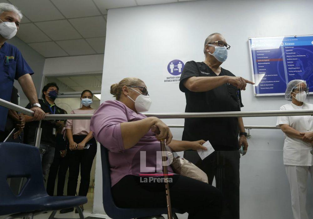CSS reactiva cirugías de cataratas; hay cerca de 4,000 pacientes en espera