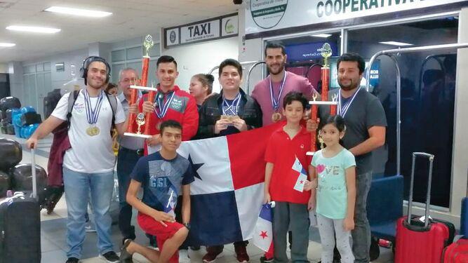 Panamá se llevó los honores en el ajedrez regional