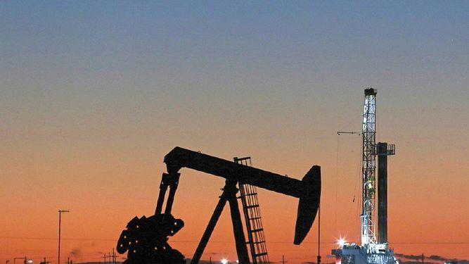 Libia, Irán y Venezuela quedan exentos de recorte de la OPEP