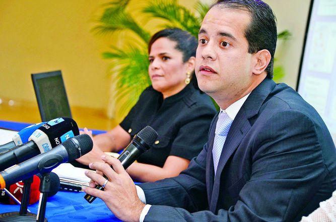 Interpol saca de la lista de más buscados a Adolfo 'Chichi' De Obarrio en el caso de la comida deshidratada