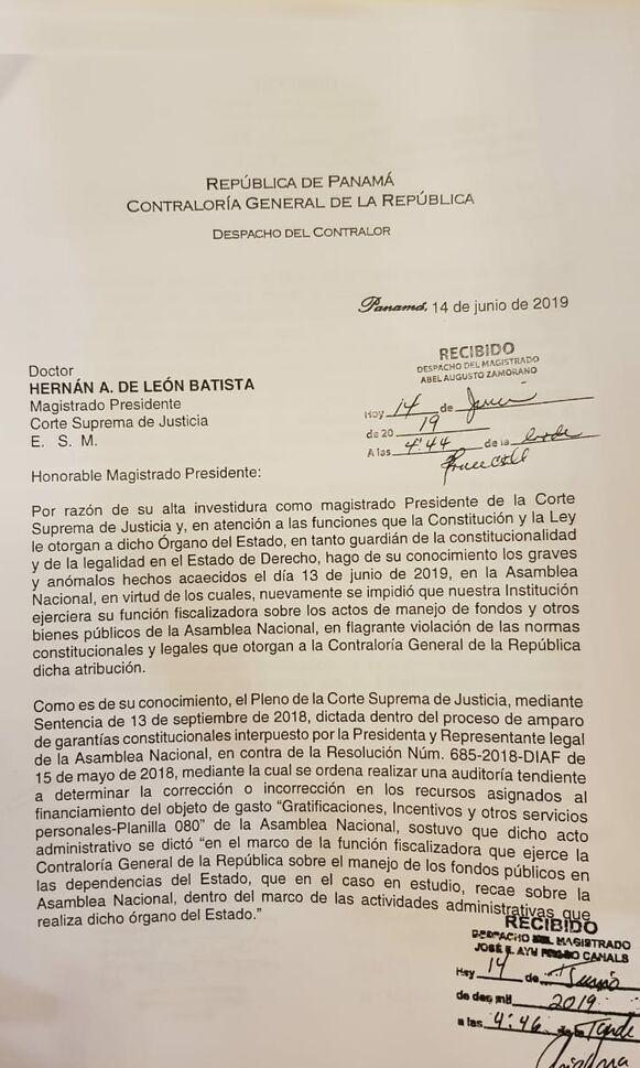 Contralor Humbert se queja ante la CSJ por impedimento que puso la Asamblea para seguir auditoría