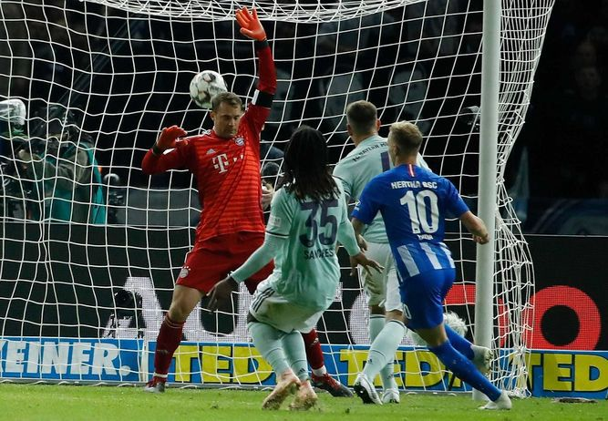Hertha Berlín vence  2-0 al Bayern y le da caza al frente de la Bundesliga