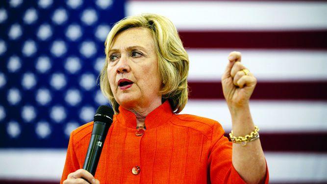 Abogado de Clinton: datos del servidor fueron borrados