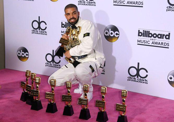 Drake rompe el récord de Adele en los Premios Billboard