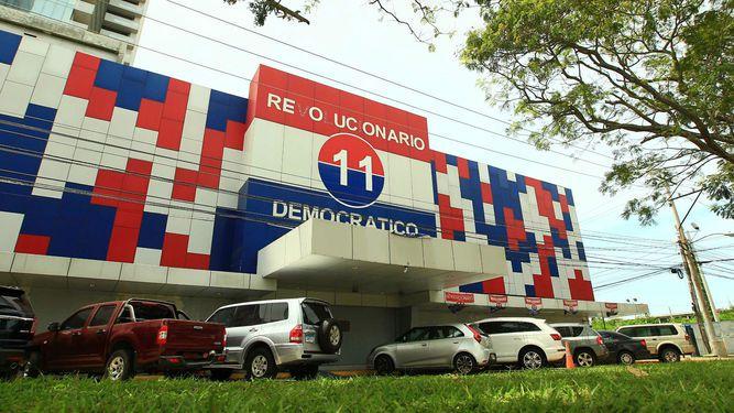 Tribunal Electoral reglamenta las primarias del PRD