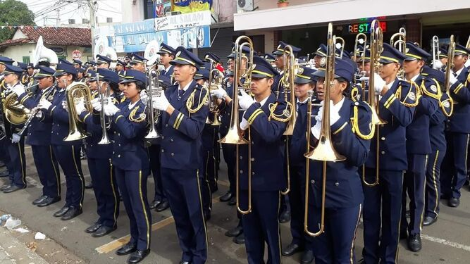 Banda de música del Colegio José Daniel Crespo participará de desfile en Colombia