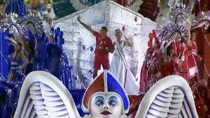 Panameños 'danzan' en el sambódromo