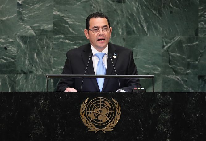 Presidente de Guatemala dice que misión de la ONU en su país es una 'amenaza para la paz'