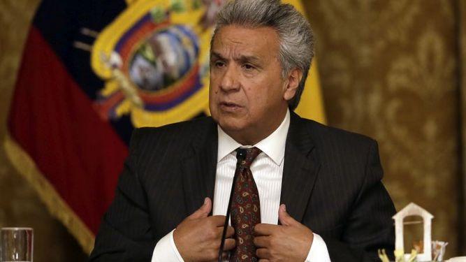 Ecuador recibe préstamo de $900 millones de China