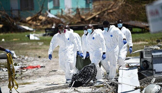 La dolorosa recolección de cuerpos en la isla Gran Ábaco de Bahamas