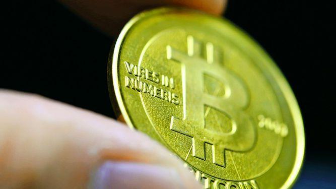 Regularán monedas virtuales