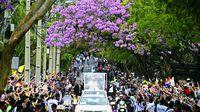 El papa se despide de Latinoamérica