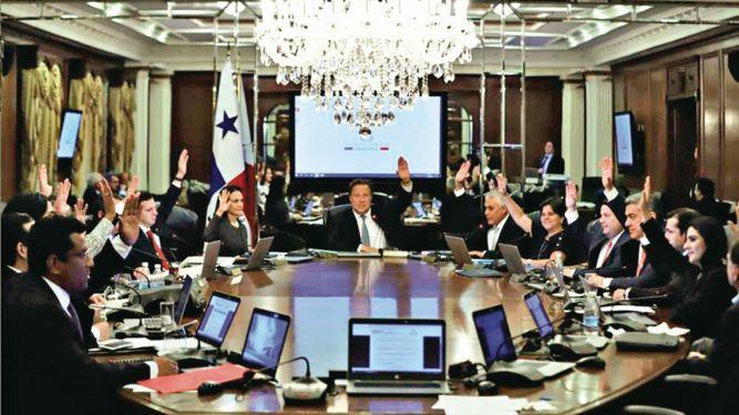 Gabinete aprueba proyecto de ley para papeleta adicional el próximo 5 de mayo
