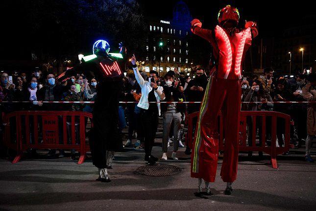 Discoteca al aire libre para reclamar la reapertura del ocio nocturno en Barcelona