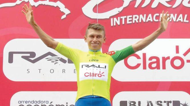 Chaparro pasó a liderar la Vuelta Internacional a Chiriquí