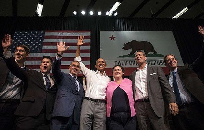 'Las cosas pueden empeorar', dice Obama en segundo día de campaña