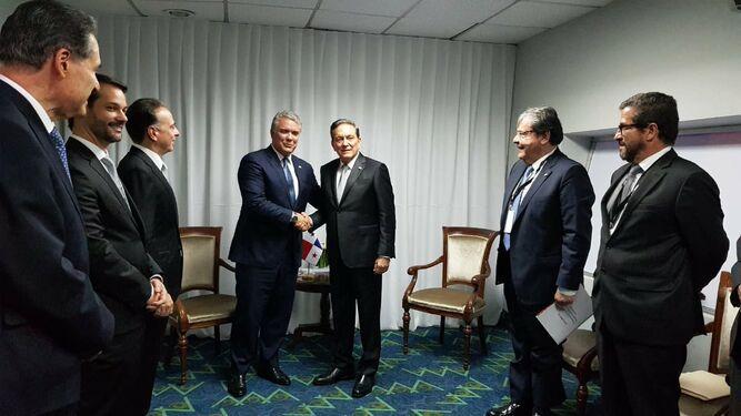 Cortizo dice que no quiere sorpresas de Colombia; pide reunirse con Iván Duque