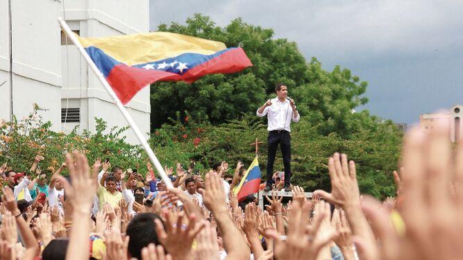 'No sean cómplices de la dictadura venezolana', Juan Guaidó
