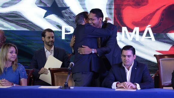 Cortizo anuncia 7 ministros: Carrizo a la Presidencia; Alexander al MEF; Mirones a Seguridad; Ferrer a la Cancillería