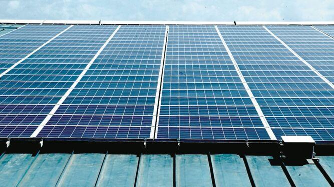 El mundo gasta menos energía limpia en seis años