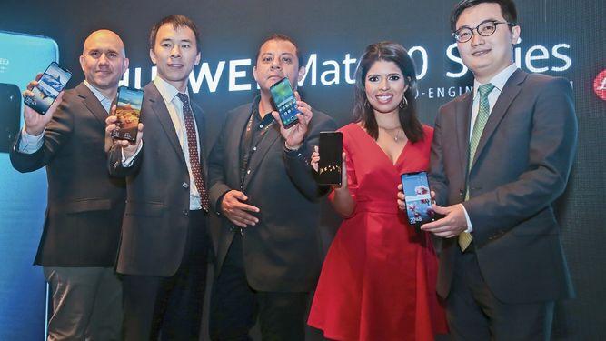 Los buques insignia de la familia Mate 20 de Huawei llegan a Panamá