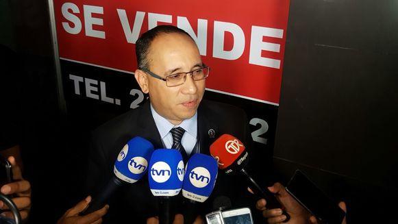 Ordenan la separación del juez Felipe Fuentes, por sustraer el expediente de Financial Pacific