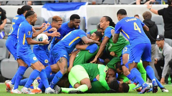 Curazao hace historia en la Copa Oro con su pase a cuartos de final
