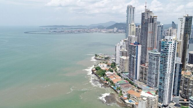 Aguas de la bahía mejoran; aún hay riesgo para la salud