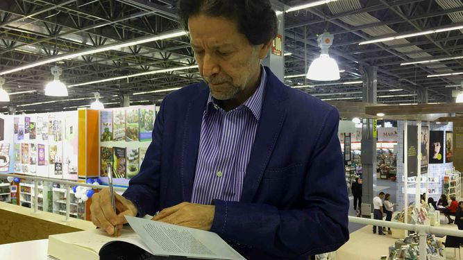 Jorge Zepeda Patterson: de reportero a novelista