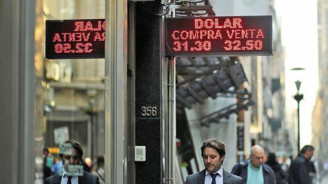 Argentina convence al FMI, pero no a los mercados