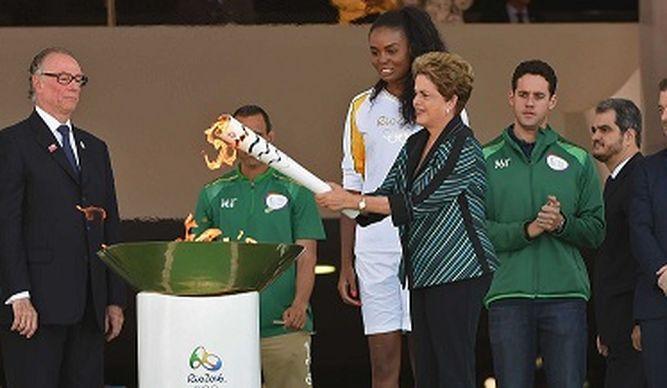Rousseff promete Olimpiadas exitosas pese a periodo crítico en Brasil