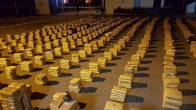 Senan se incauta de 2 mil 488 paquetes de droga en la costa de Pedasí