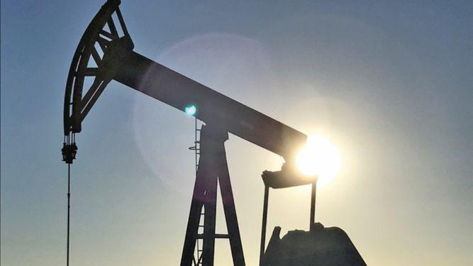 Barril de petróleo venezolano repunta a 75 dólares