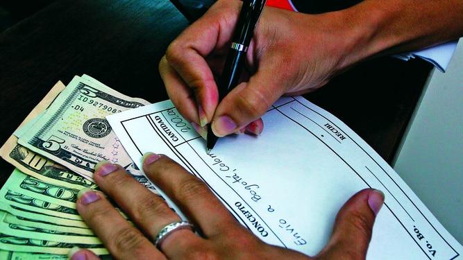 Sube el envío de remesas de EU a El Salvador