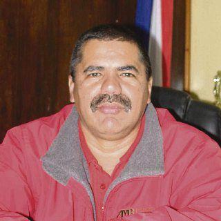 Manolo Ruiz manejó $29 mil en becas