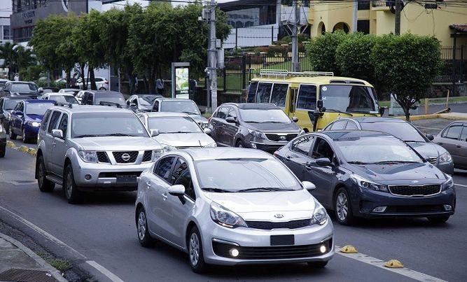 La ATTT detecta 200 mil vehículos sin póliza vigente
