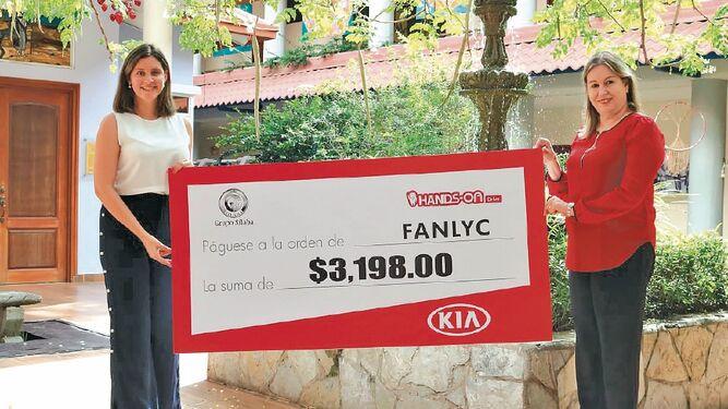 Grupo Sílaba y Kia hicieron la entrega de una donación a Fanlyc