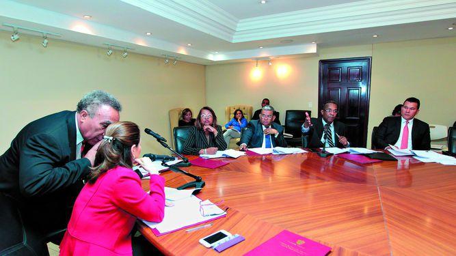 Ministerio Público y diputados chocan por debate del proyecto 579
