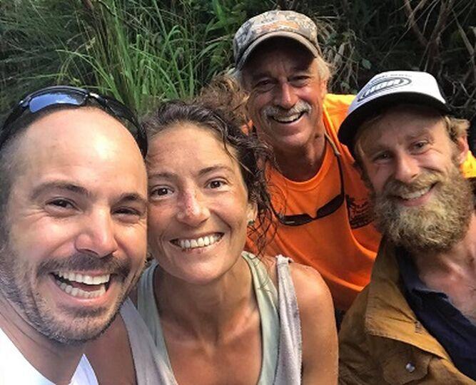 Hallan viva a mujer tras perderse 17 días en bosque de Hawái