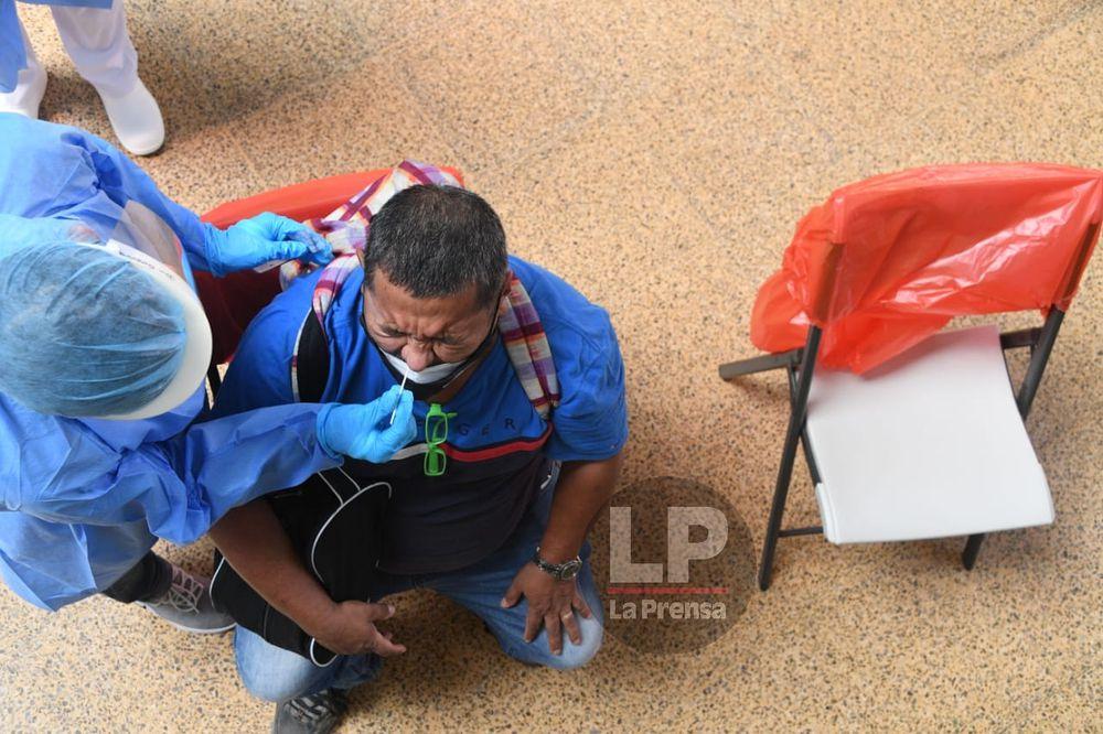 Panamá reporta en las últimas 24 horas tres defunciones por la Covid-19; los casos activos son 8,242